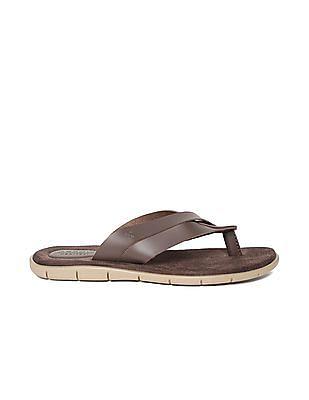 Arrow Crossover Strap Sandals