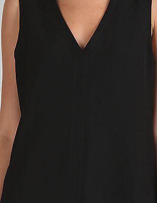 GAP Women Black V-Neck Shift Dress