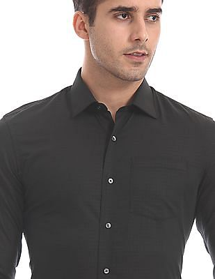 Arrow Black Slim Fit Patterned Shirt