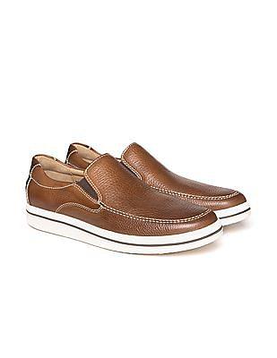 Johnston & Murphy Pebble Grain Leather Slip On Shoes