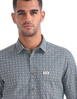 U.S. Polo Assn. Denim Co. Slim Fit Floral Print Shirt