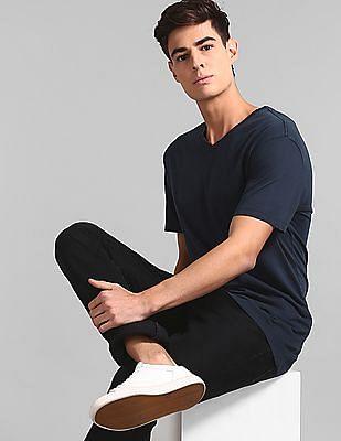 GAP Men Blue Vintage Wash V-Neck T-Shirt