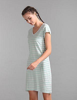 GAP V-Neck Tee Dress