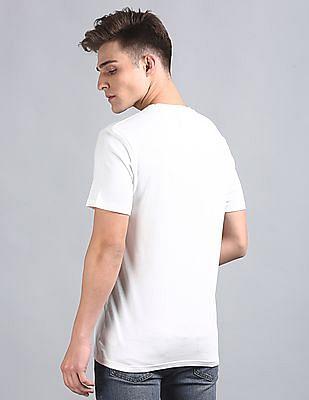 GAP Men White Pocket Logo Tee